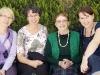 Im Februar 2010 erhielt Ilse Mass Besuch aus Linz, um den Autorinnen des Kinderbuches beim Schreiben zu helfen [von links nach rechts: Gertraud Hoheneder, Ruth Nowotny, Ilse Mass, Martina Führer]. Foto: Gerhard Führer.